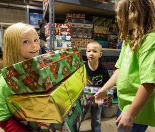 U.S. Charity to Collect 100 Millionth Shoe Box Gift