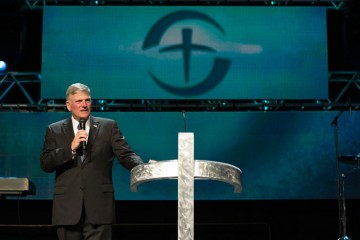 100 million event Franklin Graham