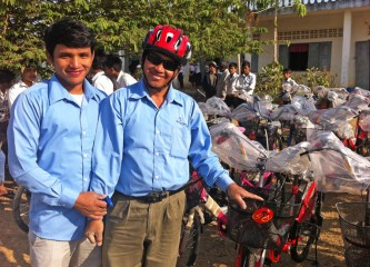 5-31-13-Cambodia-bicycles-inset-1