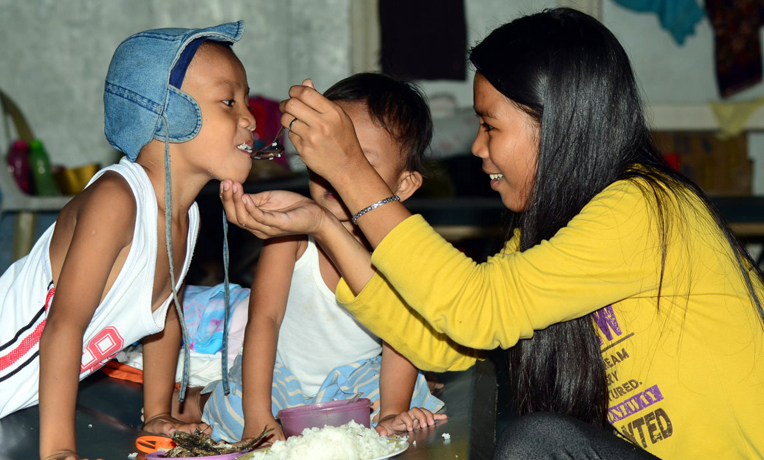 Samaritan's Purse Crisis Response in Philippines