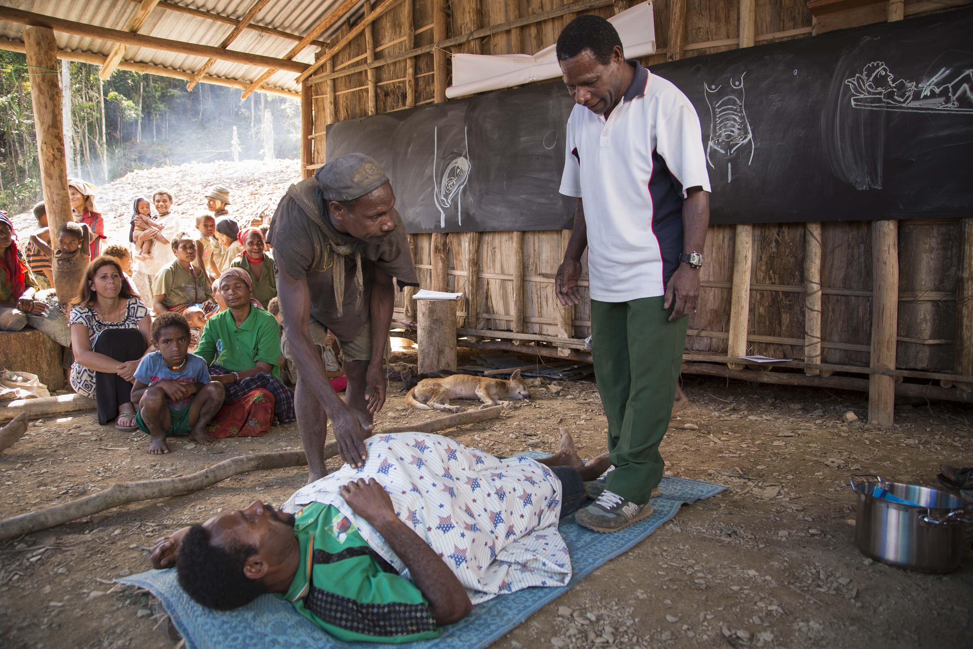 Hewa men learned how to assist their wives during childbirth and help care for newborns.