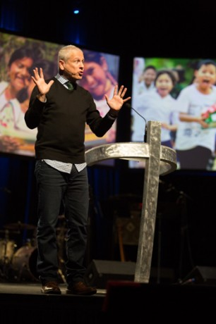 Operation Christmas Child Louie Giglio