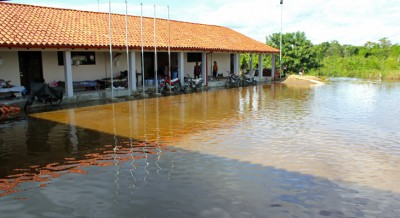 The school is the only building not submerged in Puerto Ballivian.