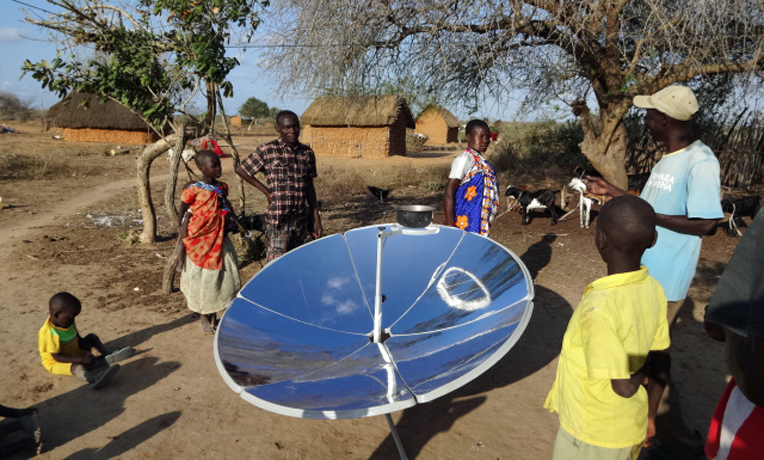 Kenya-solar-cooker-Samaritan's-Purse-cover