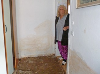 The water ruined all the belongings in Bijana's house.