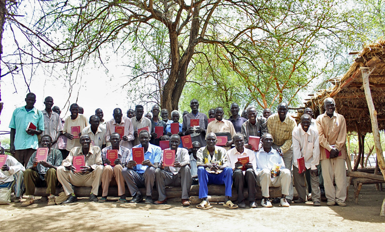 South-Sudan-refugee-camp-bibles-pastors