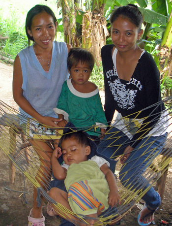 Philippines-nutrition-blog-family