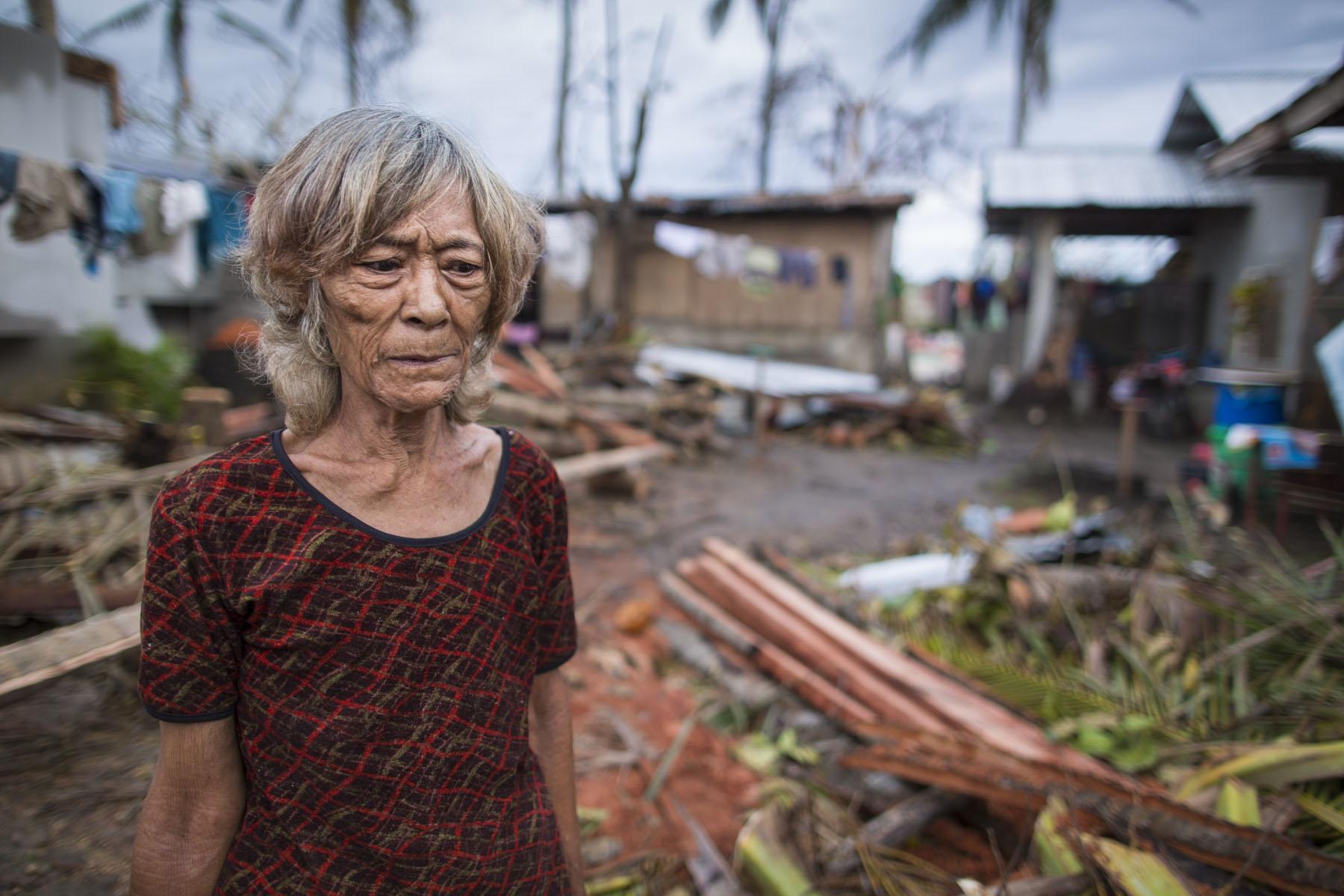 13113PH Philippine Typhoon Haiyan (Yolanda)