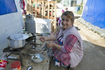 Samaritan's Purse supplies kitchen kits for displaced people in northern Iraq.