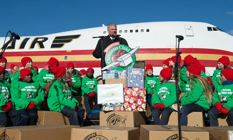 Samaritan's Purse Iraq airlift Operation Christmas Child