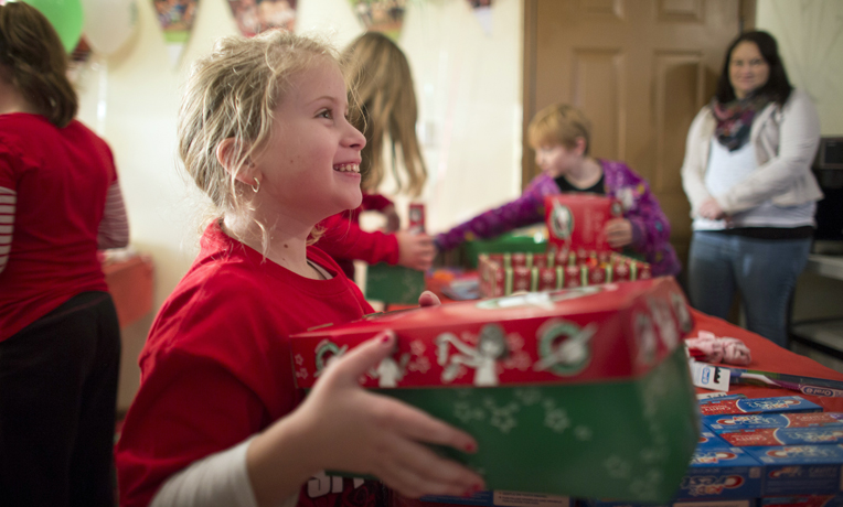 Operation Christmas Child Faith Russell packing party