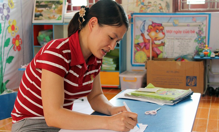 Vietnam education program