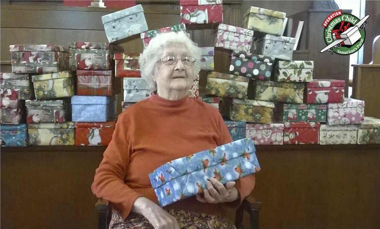 Margaret Lusch, 94, wrapped 100 shoeboxes from her Pennsylvania home.