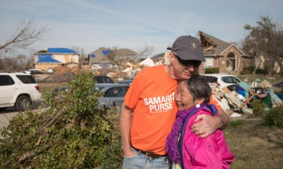 volunteers travel from all over to help Texas tornado victims