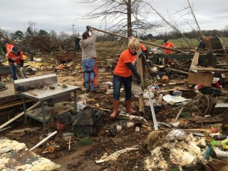 Samaritan's Purse volunteers in Mississippi after tornadoes