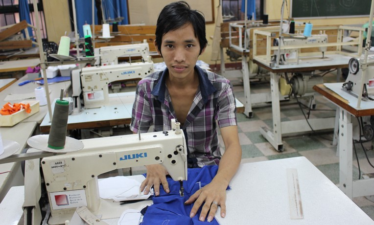 Sinh Anh, Samaritan's Purse vocational training