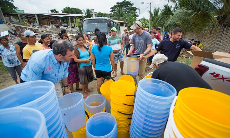 Earthquake Ecuador, Samaritan's Purse is bringing clean water to thousands of people in Jama, Ecuador.