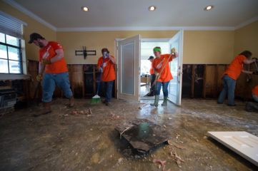 Samaritan's Purse volunteers are hard at work in Louisiana.