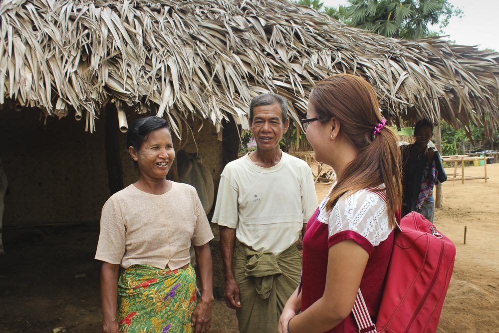 Khing talks with Samaritan's Purse staff