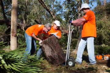 Volunteers in Bluffton
