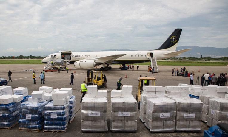 Unloading the DC-8 in Haiti