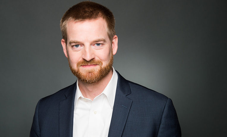 he Samaritan's Purse documentary 'Facing Darkness' chronicles our fight against Ebola and how God saved the lives of Dr. Kent Brantly and missionary Nancy Writebol.