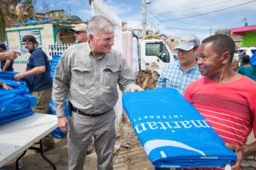 Franklin Graham worked to distribute relief in Puerto Rico on Monday.
