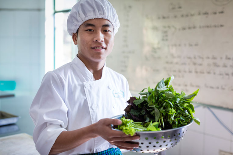 Culinary student at Vietnam vocational school