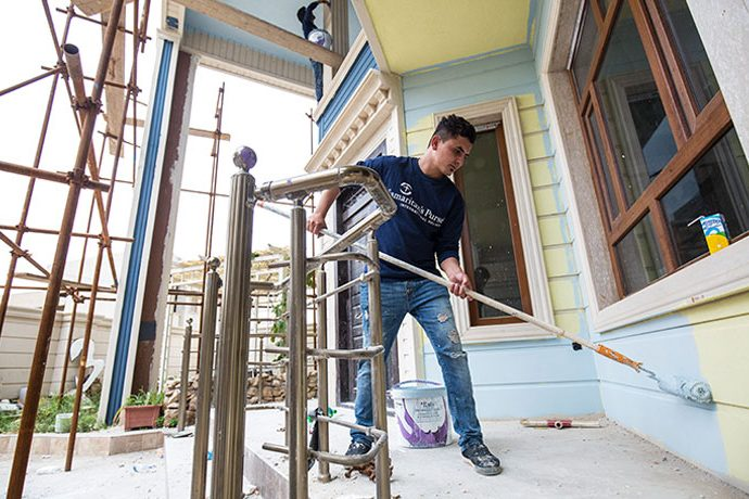 Through Project Nehemiah, Samaritan's Purse is rebuilding hundreds of homes for believers in Iraq who fled from ISIS.