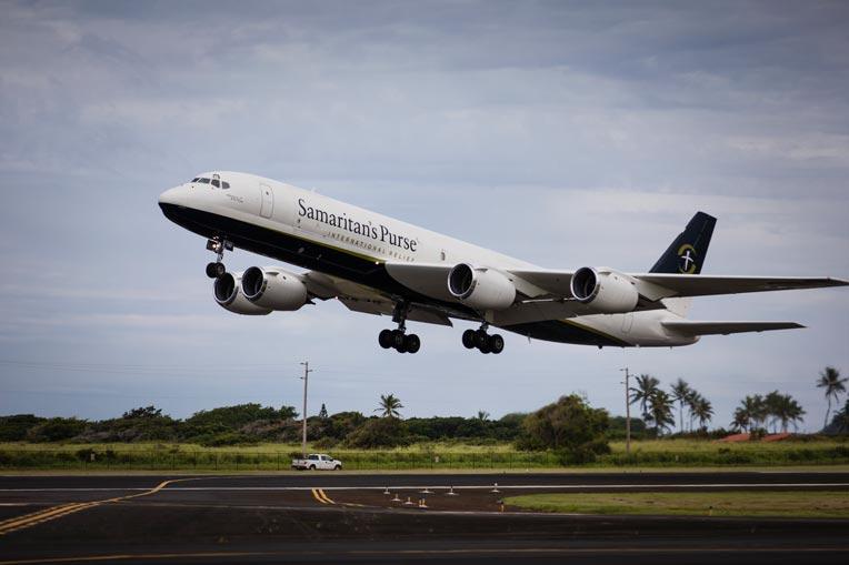 Samaritan's Purse DC-8 lands in Hawaii.