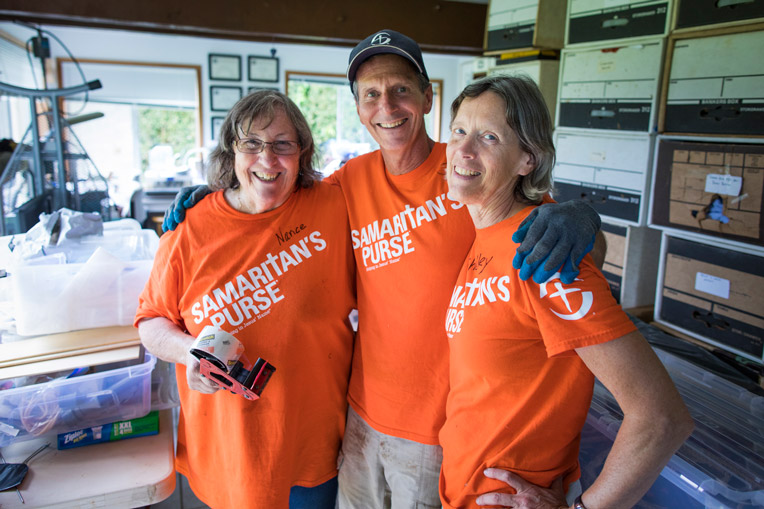 Samaritan's Purse volunteers on Kauai.