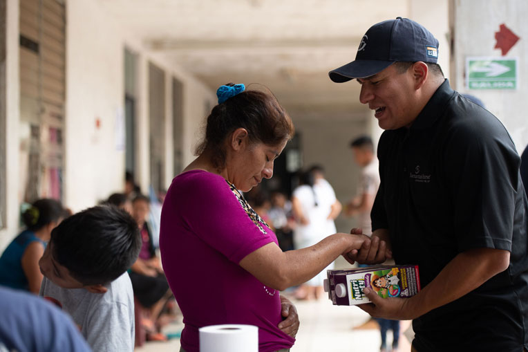 Food distribution in Guatemala