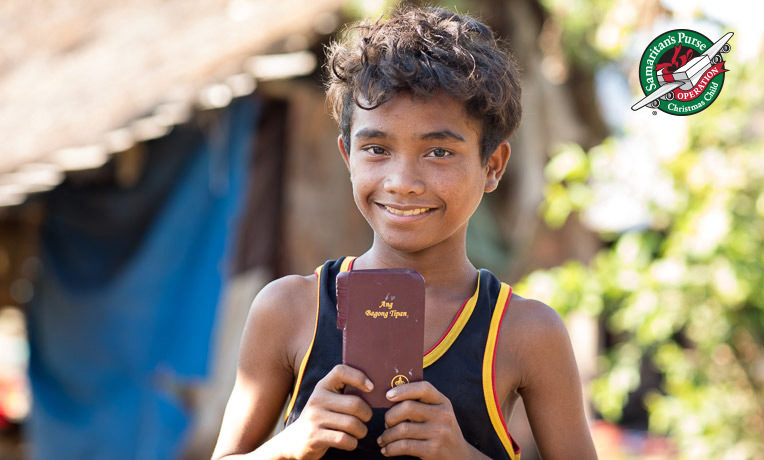Alex lives in a remote village in the Philippines. He received a Bible written in Tagolog in his Operation Christmas Child shoebox.