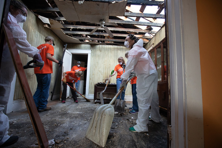 After access to Wilmington opened, our volunteer teams were able to begin work in flooded and wind-damaged homes.