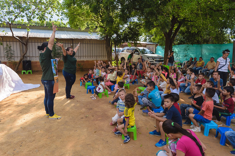 The recent OCC distribution event in Cúcuta, Colombia, began with lots of fun songs.