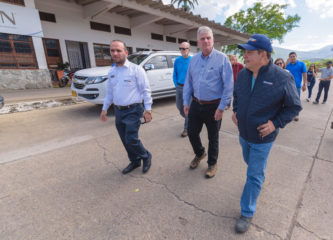 Franklin Graham and Samaritan's Purse Vice President Ken Isaacs met with immigration officials and visited the area where our projects are underway.