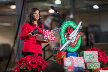 Dania Yadago shared with the volunteers how she received a shoebox when she was 5 years old living in severe poverty in the Middle East.