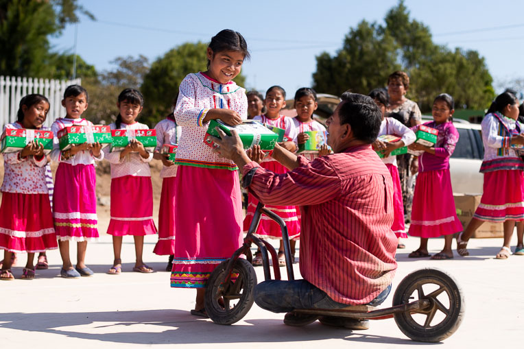 Children in Mexico experienced the love of Christ through Gospel presentations and Operation Christmas Child shoebox gifts distributed by church leaders like Pastor José Benítez.
