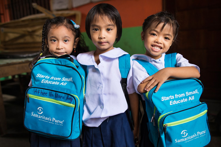 Through our education project in the Tondo slums just outside of Manila, the Philippines, we are training teachers and providing backpacks and school supplies for children.