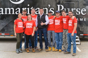 Edward Graham, son of Samaritan's Purse President Franklin Graham, meets with disaster relief volunteers from Liberty University.