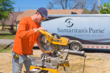 College of the Ozarks students were hard at work and learning new skills at Danny and Maria Lee's home.