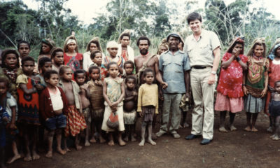 Franklin Graham ministers in Papua New Guinea.