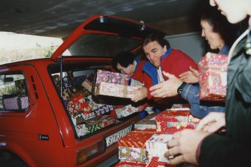 Ross Rhoads was a supporter of Operation Christmas Child from the ministry's beginning in 1993.