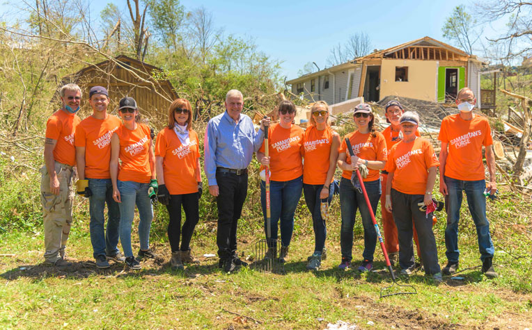Franklin Graham encouraged volunteers in Chattanooga on Saturday, May 2.