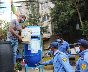 Police in Addis Ababa now have better access to handwashing stations provided by Samaritan's Purse to help officers prevent the spread of disease.