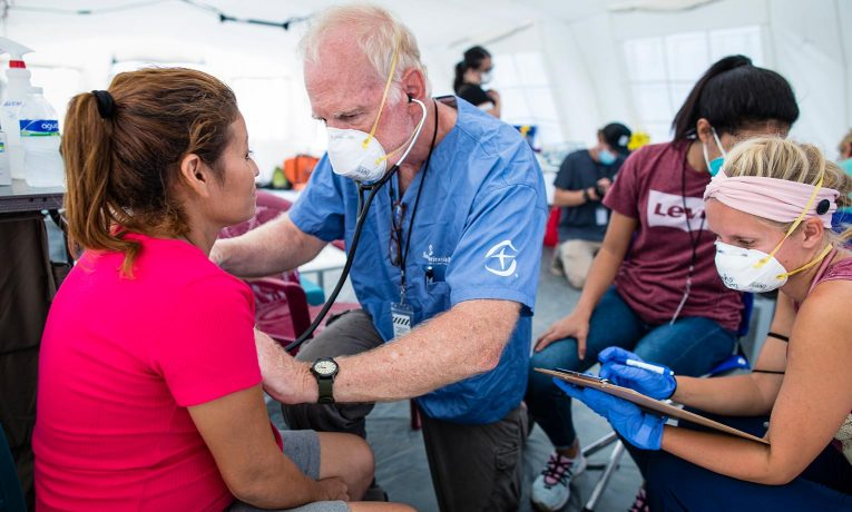 Medical teams at our Emergency Field Hospital in Honduras are serving residents such as patient Bethy who has come for a prenatal ultrasound of her third child.