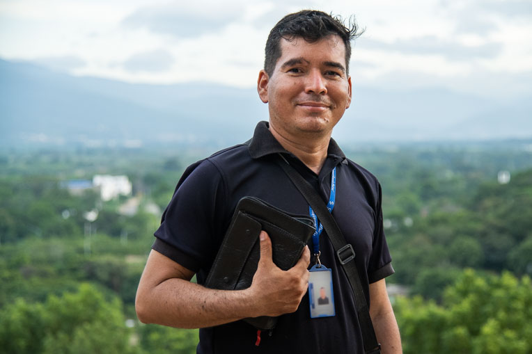 Samaritan's Purse partners with Pastor Yahir Perez and many other local ministry leaders in Colombia to help meet the physical and spiritual needs of Venezuelan migrants who've recently settled there.