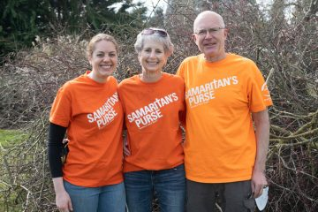 The Kehr family volunteered together for the first time.